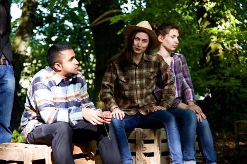 2:Thoreaus (Marlon, Nata, Paola)_The man who shoots the buffalo